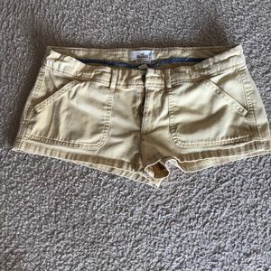 Hollister yellow shorts